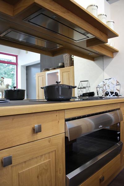 cuisines th venet. Black Bedroom Furniture Sets. Home Design Ideas