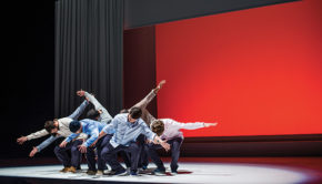 intro theatre villefranche Allegria © Justine Jugnet