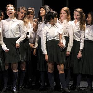 intro Theatre villefranche Ces filles la Raphael Laboure